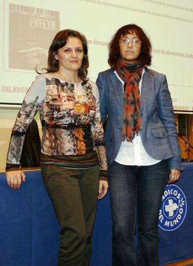 Isabel de Ocampo junto con Idoia Ugarte, presidenta de Médicos del Mundo Castilla-La Mancha