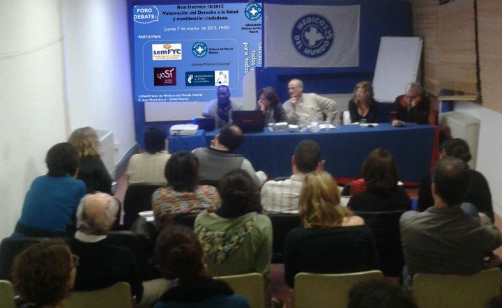 Mesa sobre el debate de la vulneración al Derecho a la Salud