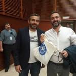 Eric Toledano y Olivier Nakache posaron para Médicos del Mundo Navarra